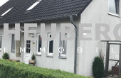 Doppelhaushälfte mit Carport in ruhiger Lage
